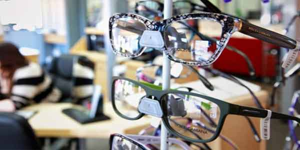 eyewear retail business